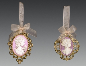 28184-5 Камея розово-золотая 8х12 см