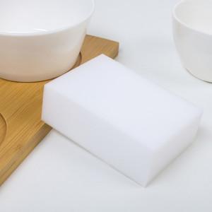 Меламиновая губка для удаления пятен Доляна, 9×6×3,5 см