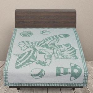 Одеяло детское байковое жаккардовое 100/140 см коты цвет зеленый