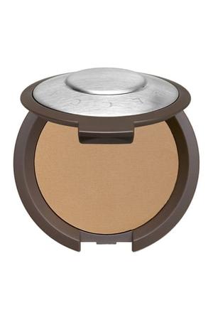 BECCA Cosmetics Multi Tasking Perfecting Powder - Tan