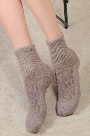 Взрослые  носки из шерсти яка