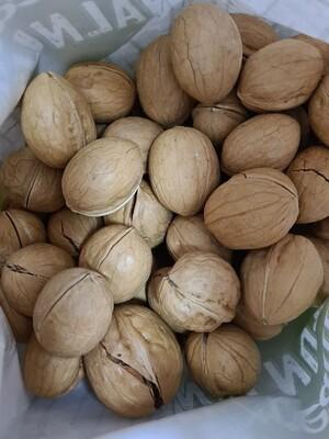 Грецкий орехи неочищенный Cream Walnuts 300г