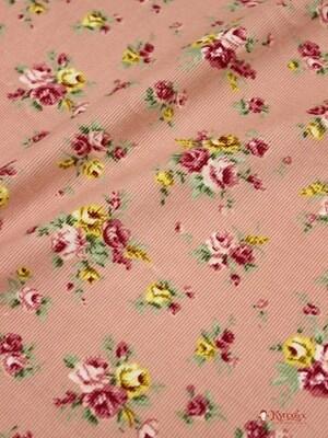 Брак (цена снижена) Микровельвет Розово-желтые букеты роз на пыльной розе, 1.1 м
