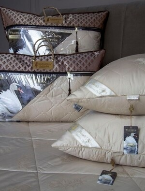 J-294-50x70 Под.Luxury Antistress Collection Swans Down  50х70