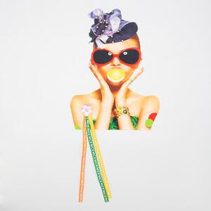Нашивка девушка в очках и в шляпке 32,5*24см