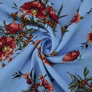Ткань на отрез штапель К01 Цветы на голубом