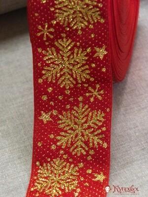 Жак.лента 65мм Золотистые снежинки на красном