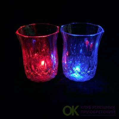 Мерцающая рюмка Light-up Liquid Activated Glass, 70 мл 1шт.