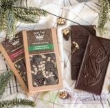 Темный шоколад с сосновой шишкой и кедровым орехом